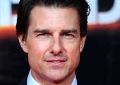 Tom Cruise at an event for Edge of Tomorrow Men Sunglasses Fashion, Mens Sunglasses, Edge Of Tomorrow, Kendall Schmidt, Logan Lerman, Tom Cruise, Love Is Sweet, Celebrity Crush, Picture Photo