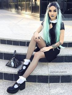 33 Alternative Looks for this Halloween - Ninja Cosmico Nu Goth Fashion, Uk Fashion, Couture Fashion, Girl Fashion, Emo Dresses, Women's Fashion Dresses, Alternative Girls, Alternative Fashion, Alternative Style