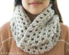 Chunky Double Crochet Cowl.