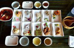 아기자기한 상차림 Spicy Recipes, Home Recipes, Asian Recipes, Korean Dishes, Korean Food, K Food, Food Art, Korean Traditional Food, Tea Table Settings