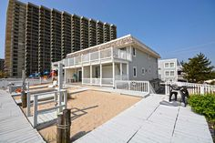 This property is available for weekly rentals only Saturday-Saturday.   About FOUNTAINHEAD TOWNHOUSE #3   <p>Spacious Oceanfront townhouse. Features