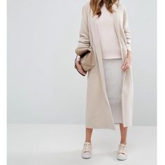 N E W • I N  We're loving this Missguided maxi coat, you can shop it now through our site 👆🏼👆🏼
