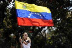 """liliantintori Lilian Tintori grita al mundo que Venezuela """"está en emergencia y la lucha no va a parar"""""""