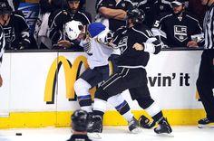 Mike Richards fights Jamie Langenbrunner!
