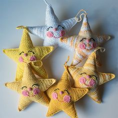 Crochet Happy Stars - Tutorial - would love to turn these into scented sachets to include with baby gifts.