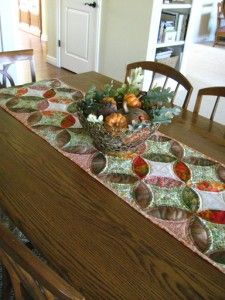Orange Peel Table Runner   Free PDF tutorial