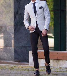 dress like a boss // mens fashion // menswear // city boys // menswear // urban life // mens shoes // blazer // stylish men // watches // mensaccessories //