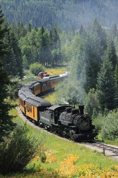 beautiful heyfiki heyfiki BeautifulYou can find Old trains and more on our website Image Train, Train Miniature, Scenic Train Rides, Railroad Pictures, Train Art, Old Trains, Train Pictures, Train Engines, Train Journey