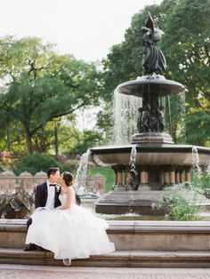 Classic central park wedding: http://www.stylemepretty.com/little-black-book-blog/2016/11/02/classic-central-park-boathouse-wedding-2/ Photography: Merari - http://merari.com/