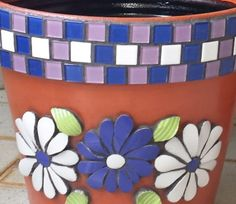 Mosaic Planters, Mosaic Garden Art, Mosaic Flower Pots, Mosaic Tiles, Mosaic Art Projects, Mosaic Crafts, Detailed Coloring Pages, Mosaic Madness, Concrete Art