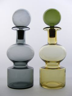 Nuutajarvi 'Kremlin Bells' glass decanters