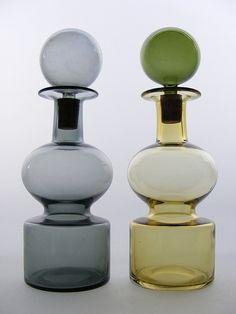 Nuutajarvi 'Kremlin Bells' glass decanters