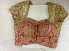get some dull gold lace like this for a kurta, lining - white or grey New Blouse Designs, Choli Designs, Moda Mania, Net Blouses, Saree Blouse Patterns, Indian Blouse, Blouse Models, Beautiful Blouses, Blouse Styles