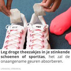 Leg droge #theezakjes in je stinkende schoenen of #sporttas...
