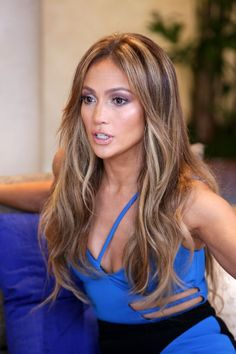 Jennifer Lopez - Nuestra Belleza Latina 2015 Taping in Miami, Jennifer Lopez Style, Outfits and Clothes. Hair Color Balayage, Hair Highlights, Bayalage, Haircolor, Love Hair, Great Hair, Jennifer Lopez Hair Color, Jennifer Lopez Makeup, Hair Color For Dark Skin
