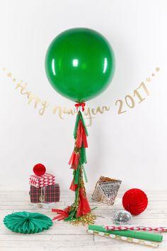 Большой латексный зеленый шар 91 см с тассел гирляндой 1,5 м
