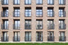 De_Halve_Maen_Apartment_Building_2.jpg (1500×1000)