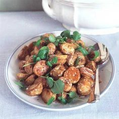 Roasted with garlic, tossed in cream and topped with watercress, these potatoes are great with grilled salmon or roast lamb. Roast Dinner, Sunday Roast, Great Roasts, Roast Lamb, Nigella Lawson, Grilled Salmon, Roasted Vegetables, Tossed, Delicious Food
