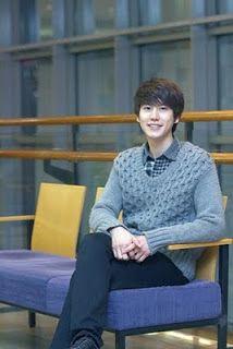 Super Junior Latino ♥: Kyuhyun Entrevista sobre su Iglesia!