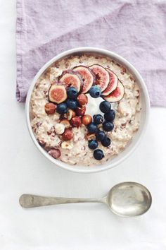 Baci Bircher Muesli by @heytucker | Topped with fresh figs and toasted hazelnuts, oh my!