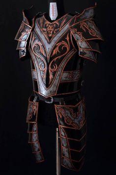 Leather armor/ warrior leather armor by ArtesulCuoio on Etsy Armadura Medieval, Arm Armor, Body Armor, Medieval Armor, Medieval Fantasy, Larp, Costume Armour, Armor Clothing, Cosplay Armor