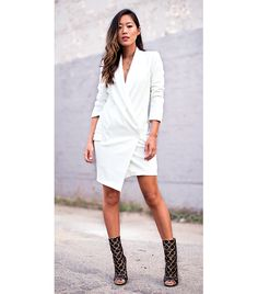 song-of-style-blazer-dress, Aimee Song. Those shoes are awesome. Song Of Style, My Style, Fashion Mode, Look Fashion, Womens Fashion, Fashion Trends, White Fashion, Dress Fashion, Holiday Party Outfit