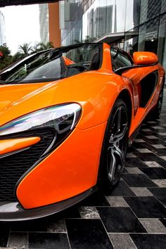 Visit The MACHINE Shop Café... ❤ Best of McLaren @ MACHINE ❤ (McLaren 650S Spyder Supercar)