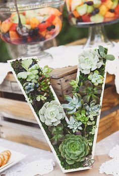 Everything about flowers wedding decor is romantic. That makes flower letters a perfect idea for wedding decor. Hotel Wedding, Diy Wedding, Wedding Flowers, Eco Wedding Ideas, Wedding Bouquets, Wedding Ceremony, Wedding Plants, Wedding Photos, Purple Bouquets