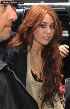Miley Cyrus had such cute hair before she chopped it all of and bleached it out...