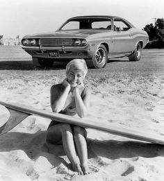 Linda Benson in old dodge ad. Dodge Charger, Vintage Surfing, Hot Rods, Pin Up, Surf City, Surf Girls, Beach Girls, Dodge Challenger, Surfs