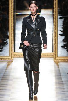 See Salvatore Ferragamo ready-to-wear autumn/winter at Milan Fashion Week Fashion Week, Winter Fashion, Fashion Show, Womens Fashion, Fashion Design, Milan Fashion, Fashion 101, Street Fashion, Givenchy