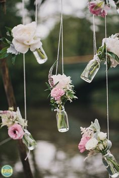 Take a look at the best vintage backyard wedding in the photos below and get ideas for your wedding!!! Vintage Wedding Ideas with the Cutest Details Image sourc
