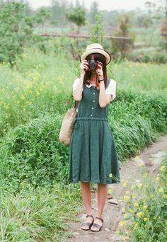 I neeeeed a green dress, please please please.
