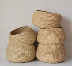 Small Storage, Storage Baskets, Storage Ideas, Basket Weaving, Hand Weaving, Woven Baskets, Seagrass Baskets, Basket Bag, Wood Basket