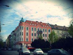 Otra esquina Bratislava, Mansions, House Styles, Home Decor, Manor Houses, Villas, Fancy Houses, Interior Design, Home Interiors
