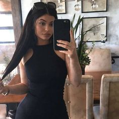 Uploaded by i'm a jenner. Find images and videos about black, kylie jenner and kylie on We Heart It - the app to get lost in what you love. Kylie Jenner Snapchat, Kylie Jenner Fotos, Kyle Jenner, Kendall Jenner, Kylie Jenner Outfits, Photoshoot Kylie Jenner, Looks Kylie Jenner, Kylie Jenner Style, Kendall And Kylie