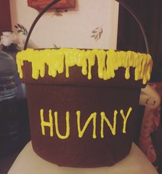 Winnie the Pooh Hunny Pot Halloween bucket DIY
