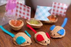 Walnut toys Red Ted Art