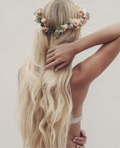long blonde locks | MUSE