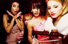 glee girls with chord
