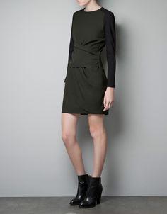 Sukienka militarna Zara