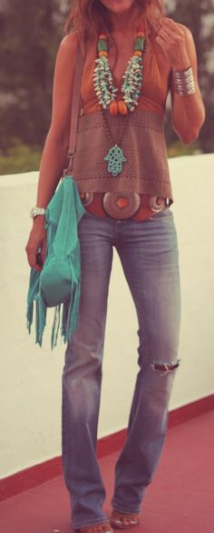 Channeling my inner hippie!@! Love this whole outfit!  Hippie Necklaces