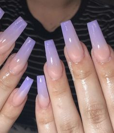 On average, the finger nails grow from 3 to millimeters per month. If it is difficult to change their growth rate, however, it is possible to cheat on their appearance and length through false nails. Dream Nails, Love Nails, Gorgeous Nails, Pretty Nails, Aycrlic Nails, Hair And Nails, French Nails, Best Acrylic Nails, Healthy Nails