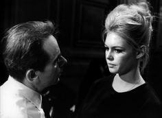 Director Henri-Georges Clouzot and Brigitte Bardot on the set of La Vérité, 1960. Brigitte Bardot, Hollywood Couples, Famous Couples, Film Director, On Set, Challenges, Actresses, Couple Photos, Celebrities