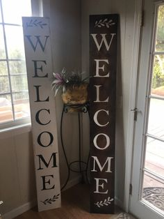 Handpainted welcome sign novelty signs, welcome, etsy shop, hand painted, etsy crafts Welcome Signs Front Door, Wooden Welcome Signs, Diy Wood Signs, Diy Wood Projects, Wood Crafts, Porch Wood, Paint Colors For Living Room, Diy Home Crafts, Holiday Crafts