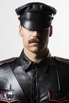 Men in leather gear, biker gear and rubber gear. Leather Hats, Leather Blazer, Leather Men, Black Leather, Sexy Beard, Great Beards, Denim Outfit, Men's Collection, Perfect Man