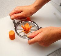 carrot daisy garnishes: