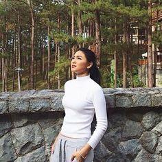 Day dreaming #jamesreid #nadinelustre #jadine #jadine Lady Luster, Filipina Actress, Flattering Outfits, Nadine Lustre, Jadine, Woman Crush, Cool Girl, Beautiful People, Actresses