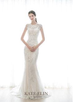 Wedding Dress Trends, Modest Wedding Dresses, Bride Dresses, Queen Dress, Beautiful Bride, Marie, Weeding, Collection, Suit