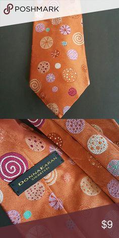 Donna Karan Signature Mens Tie 100% Silk  Great condition Donna Karan Accessories Ties